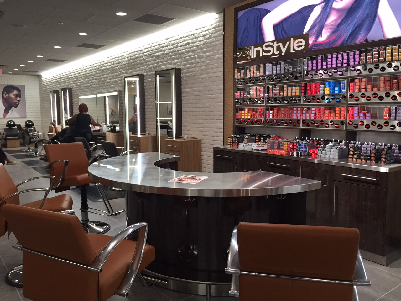Jc Penneys New Salon By Instyle Magazine Debuts Jc Penney