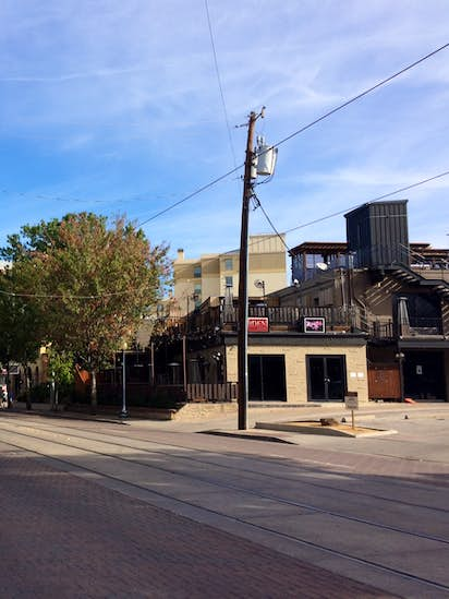 90b48200c6 Uptown residents to consider plan that'd shut down bars at midnight ...