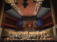 Dallas Symphony Orchestra, preparing to play Saint-Saens Organ Symphony