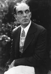 Writer Ring Lardner who is pictured in this undated photo.