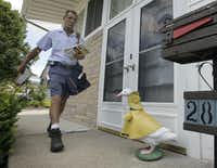 If it quacks like a duck ... Informed Delivery is a new USPS program that led to identity theft for a Grapevine man.(Amy Sancetta - AP)