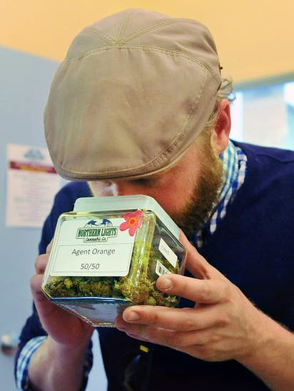 How Texans are buying pot in Colorado: 'It's, like, the new tourism