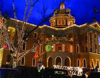 Marshall's Wonderland of Lights includes a lights show, double-decker bus tours and other activities.(Marshall Visitors Center)