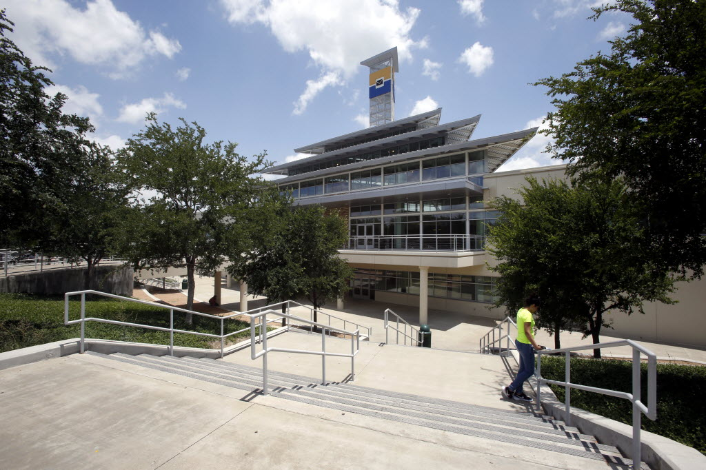 Colleges In Dallas Texas >> Texas Second In Number Of Hispanic Serving Colleges