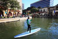 Set along the Mandalay Canal, the Canal Fest features art, dance, live music and ethnic foods. Oct. 25 at Lake Carolyn, Irving. irvingevents.org.( Ben Torres  -  Special Contributor )