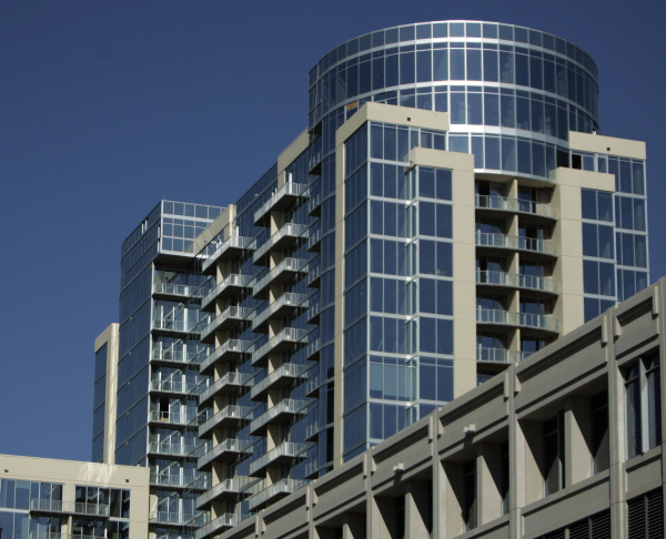 Glass House highrise in Dallas Uptown has new operators
