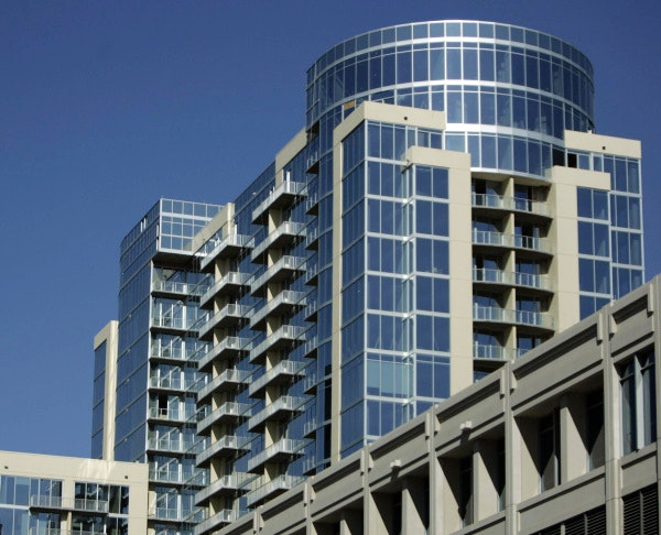 Glass house high rise in dallas uptown has new operators financing real estate dallas news