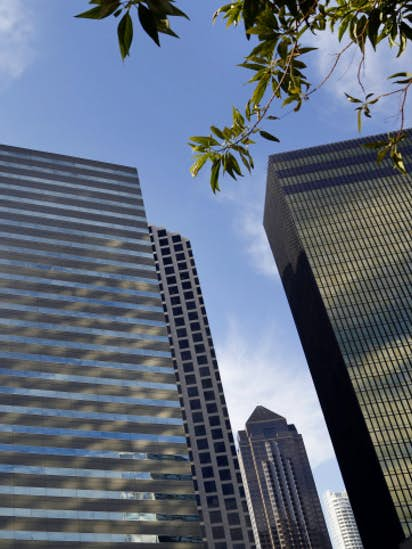 downtown dallas patriot tower to be turned into office space