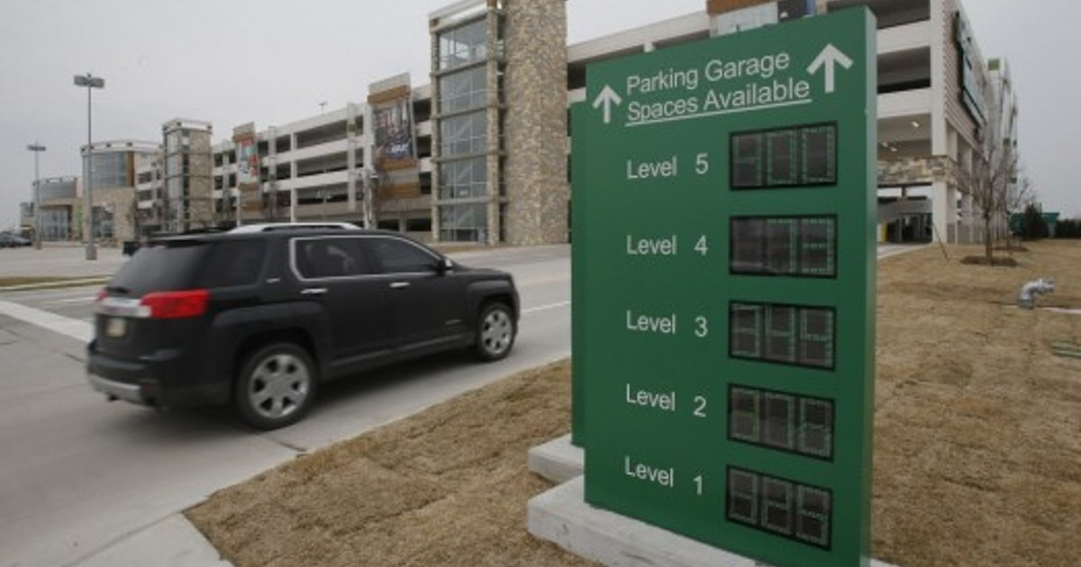 Nebraska Furniture Mart Didn T Hit 1b Goal In A Year But Learned A