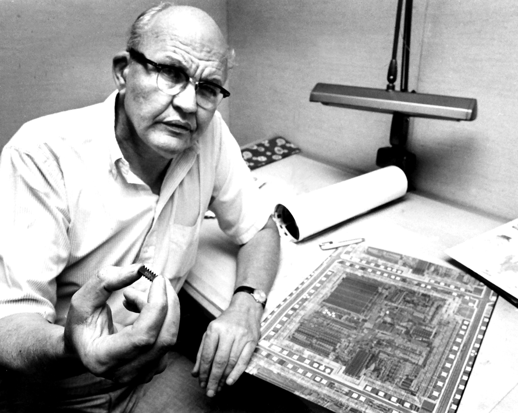 jack kilby the inventor of microchip