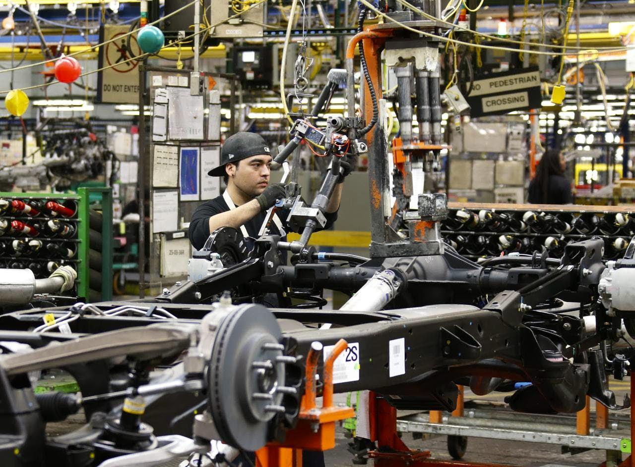Gm Considers 1 2b Expansion Of Arlington Plant Autos