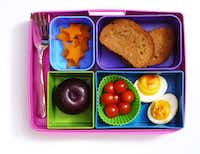 find cool bento boxes in dallas for inspired school lunches cooking dallas news. Black Bedroom Furniture Sets. Home Design Ideas