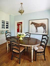 A horse print hanging in the tranquil breakfast room is a favorite of the owner's daughter.( Robert M. Peacock Photography   - Robert M. Peacock Photography)