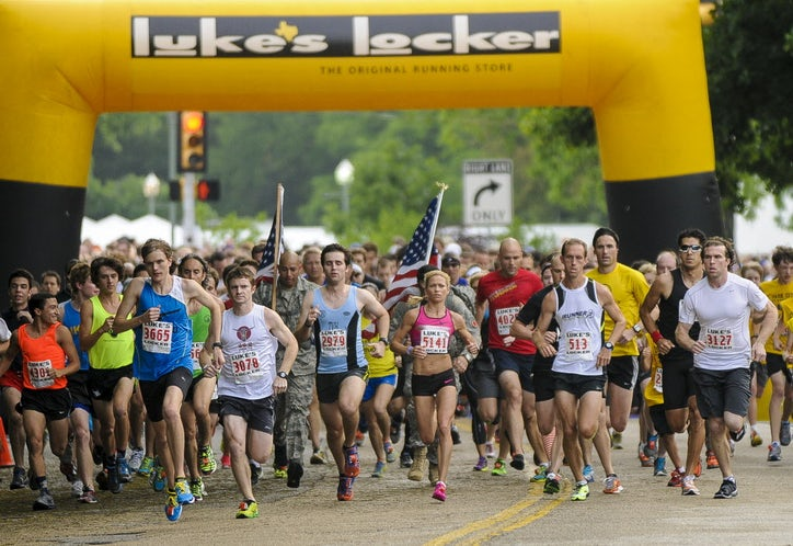See the thousands who hit the trail for the the 15th ... Katy Trail 5k