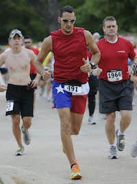 Craig Little begins the Hottest Half at Norbuck Park on Sunday, August 12, 2012(Rex C. Curry)