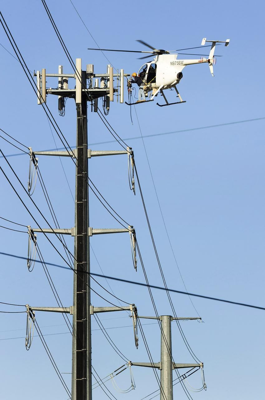 NM_15highwires_LEDE?w=1200&h=630&format=jpg&crop=faces&fit=crop electric lines get repairs from the air news dallas news