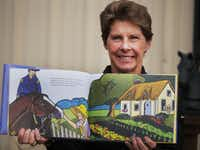 "Retired Dallas Police Lt. Debra Knapp  worked with local artist Kristine Byars on ""Montana: The Police Horse."""