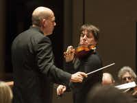 With Jaap van Zweden conducting violinist Joshua Bell performed with the Dallas Symphony Orchestra on Thursday.