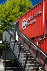 Opened in October 2011,Re:START now includes approximately 40 retailers housed in colorful shipping containers in Christchurch, New Zealand.