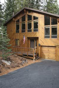 Bruin Woods family-friendly cabin at Tahoe is available through FlipKey.com.