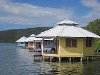 Mango Creek Lodge is a self-sustaining eco-resort on Roatán.( June Naylor )