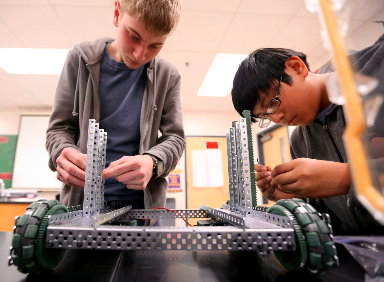 Toyota Of Rockwall >> Schrade Middle School robotic students create with problem-solving skills, teamwork   Rockwall ...