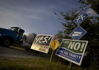 Signs advocated yes and no votes on the 2007 Trinity Parkway referendum. (File Photo)