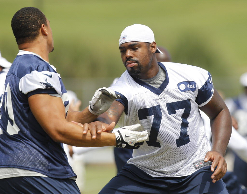 Dallas PD called to Cowboys tackle Tyron Smith s house Tuesday to