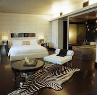 Gable-Lombard penthouse