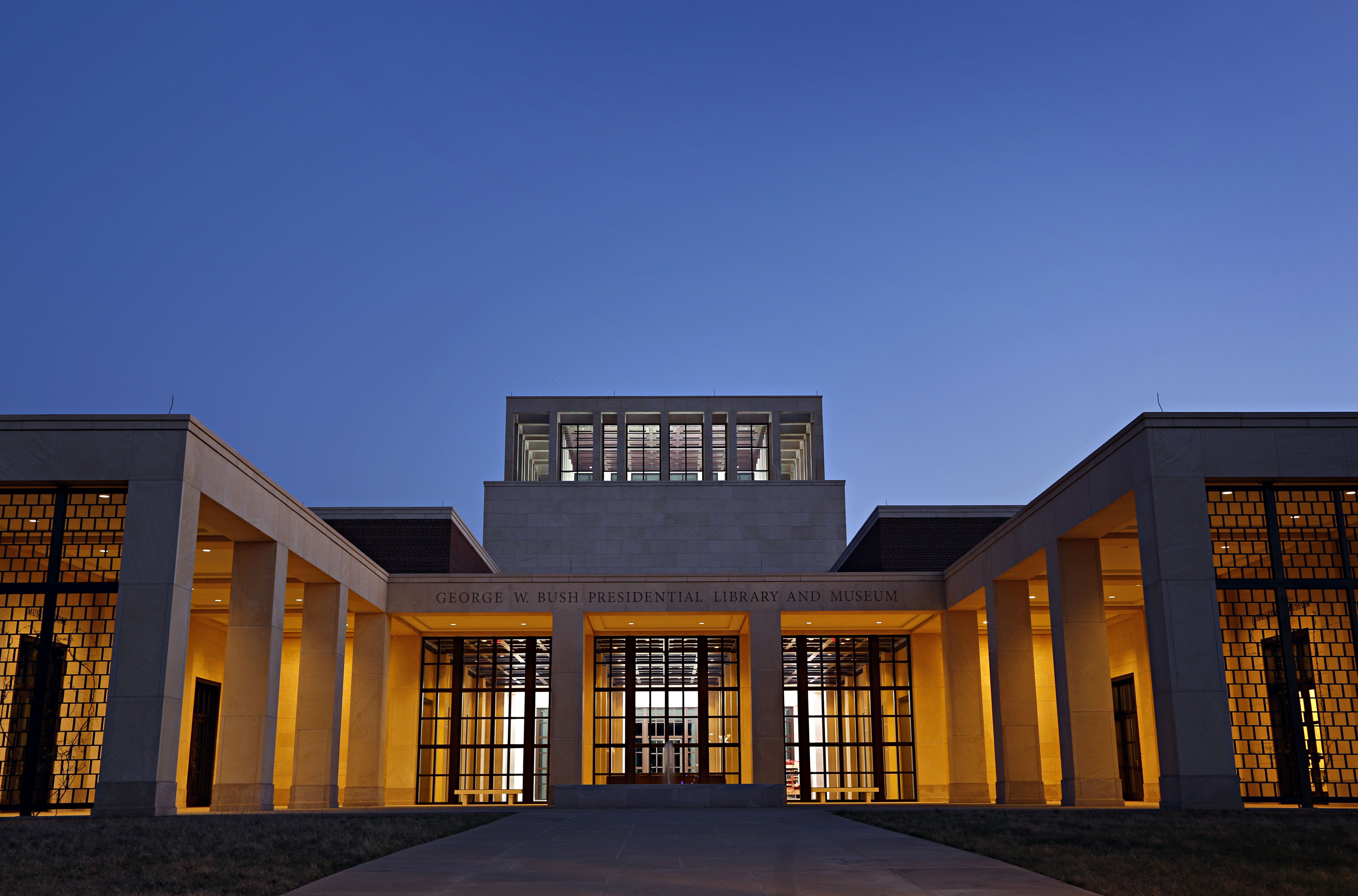 Smu S Bush Presidential Library Evacuated For An Hour Friday