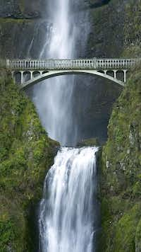 Multnomah Falls, one of Oregon's top attractions, flows throughout the year.( USDA Forest Service  - USDA Forest Service)