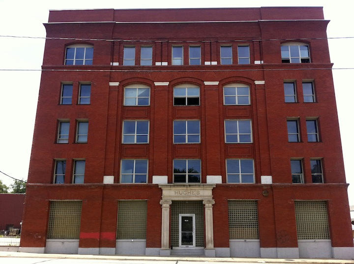 Old Candy Factory Near Downtown Dallas Sold For Loft Apartment - Loft apartments downtown dallas