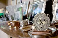 A medallion from the Texas Tennis Museum dedicated to Nancy Jeffett sits on display at her home in Dallas.( Brandon Wade  -  Special Contributor )