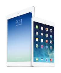 iPad Air (left) and iPad Mini with Retina Display