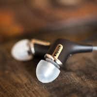 Klipsch R6i headphonesKlipsch