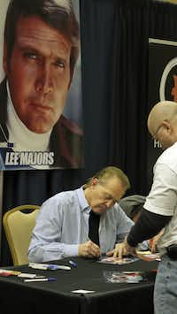 "Actor Lee Majors of the ""Six Million Dollar Man"" TV series was among the stars that attended Dallas Comic Con's Sci-Fi Expo on Saturday. The two-day event was held at the Irving Convention Center."