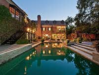 The home's guest house overlooks the pool and yard.(Steve Reed)