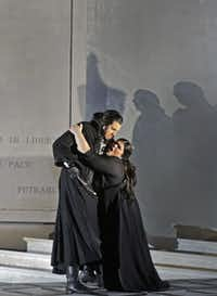 Luca Pisaroni as Maometto and  Leah Crocetto as Anna at Santa Fe Opera