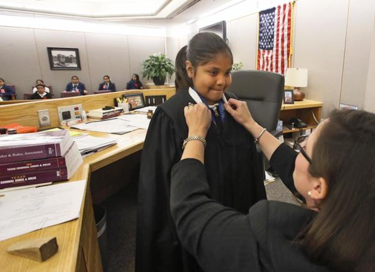 ... attorney's prosecution unit mentors students | Crime | Dallas News