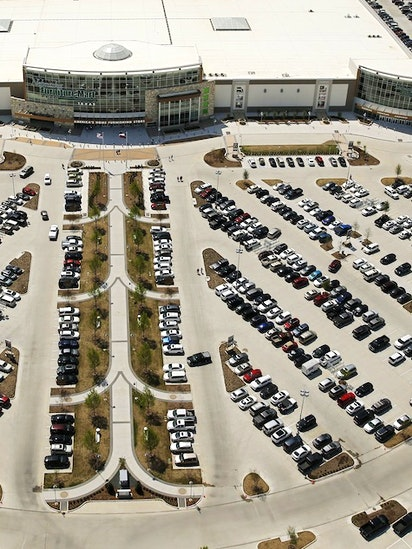 Nebraska Furniture Mart Didnt Hit 1B Goal In A Year But Learned Lot About Texas