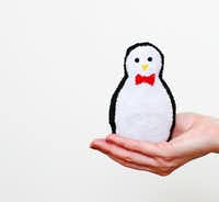 If kids can use scissors, they can make cute characters such as a penguin.