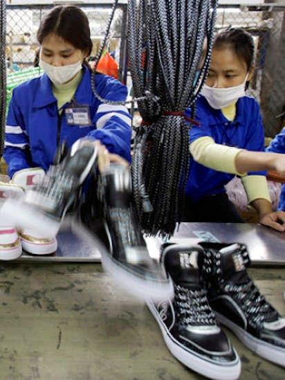 c30bd64e07e62 Vietnam trade deal sparks a running battle on shoe tariffs ...