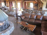 Big Cedar Lodge resort, with its luxury suites and surrounding mountains and lakes, is the perfect balance of rugged and elegant.