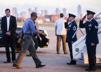 President Obama boards Air Force One at Love Field before departing Dallas. (Ashley Landis/Staff Photographer)