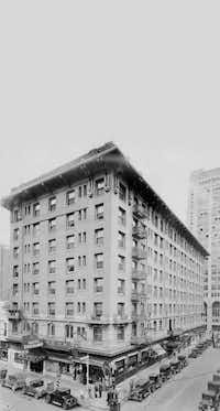 The Southland Hotel, home of Benny Binion's craps operation( Texas/Dallas History & Archives Division, Dallas Public Library )