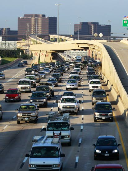c9bf743b5b9 North Texas traffic planners back off idea of toll lanes on Central ...