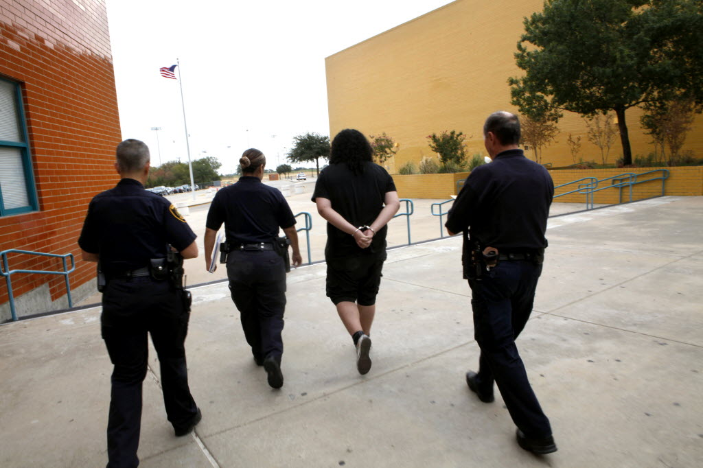 Obama administration is correct to urge end to 'zero tolerance ...